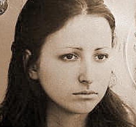 Giovane studentessa uccisa a Roma durante scontri di piazza